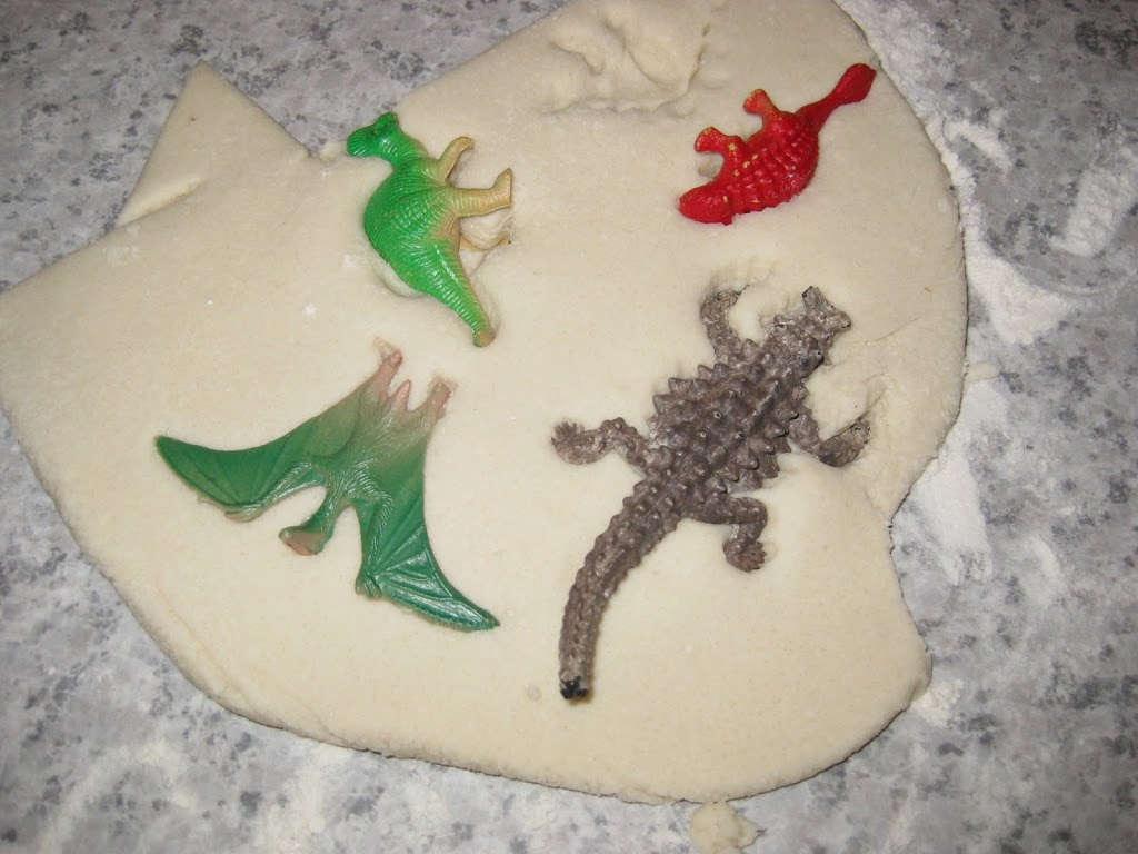 Dinosaur Fossil Crafts For Preschoolers