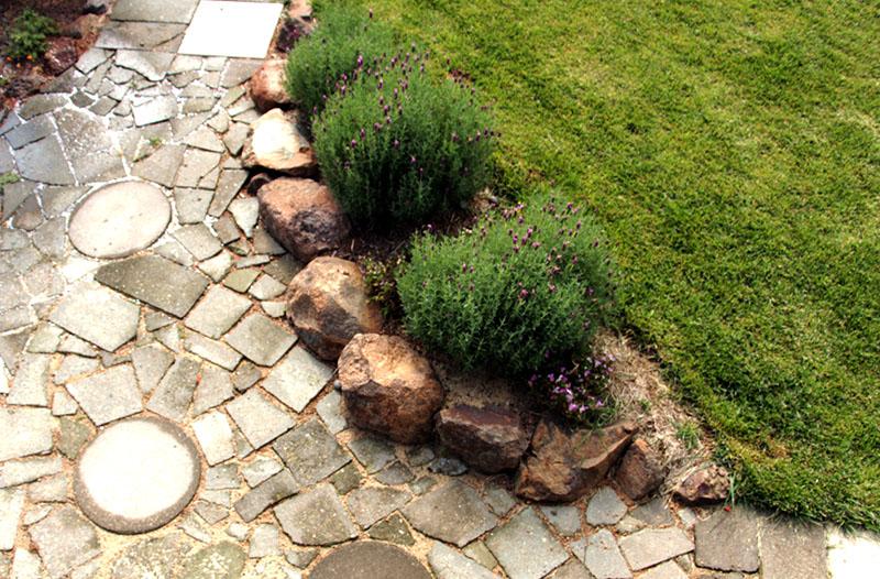 summer garden paving
