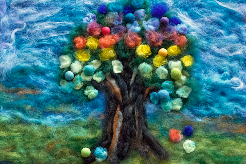 the-balloon-tree-felt-tapestry